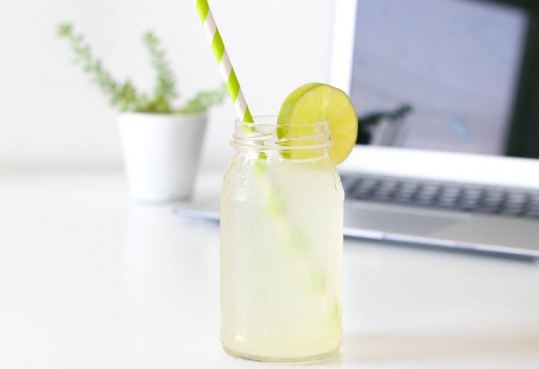 Copycat Starbucks Green Tea Lemonade recipe   Stacie Billis