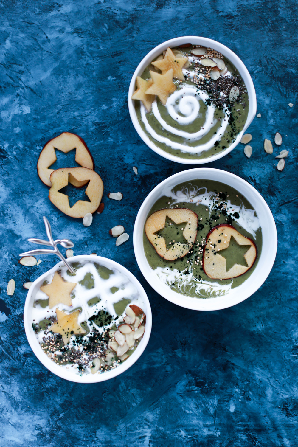How to make smoothie bowls! An easy back-to-school breakfast idea | Stacie Billis