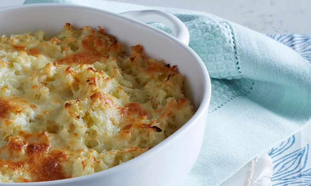 Baked Cheesy Rice with Green Chiles: Stacie Billis